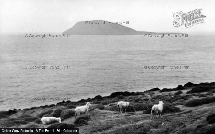 Photo of Aberdaron, Bardsey Island c.1935