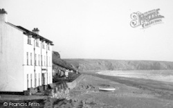 Aberdaron, Hotel And Beach c.1936