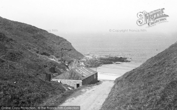 Photo of Aberdaron, Road To Whistling Sands c.1936