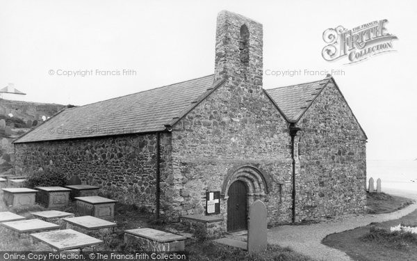 Photo of Aberdaron, St Hywyn's Church c.1935