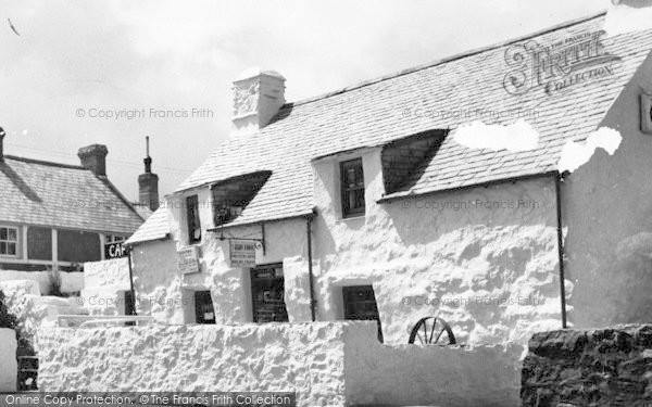 Photo of Aberdaron, Y Gegin Fawr c.1960