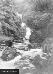 Aberfeldy, Middle Falls Of Moness c.1935