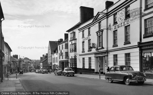 Photo of Abergavenny, Cross Street c.1960