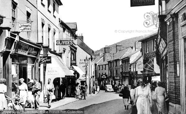 Photo of Abergavenny, Frogmore Street c1955