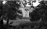 Example photo of Abergeldie Castle