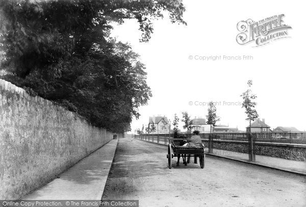 Photo of Abergele, Dundonald Avenue 1906