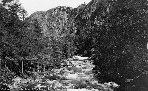 Pass of Aberglaslyn photo
