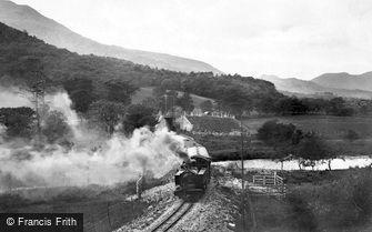 Aberglaslyn Pass, Welsh Highland Railway 1925