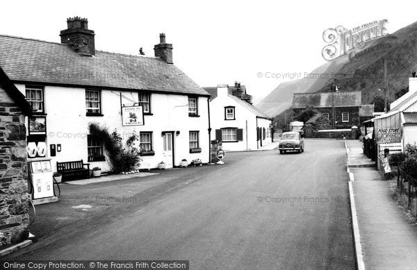 Photo of Abergynolwyn, the Railway Inn c1968