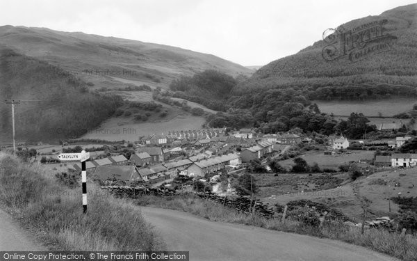 Abergynolwyn, The Village 1968