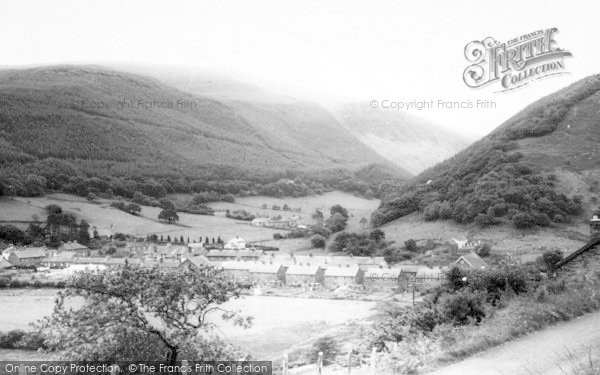 Photo of Abergynolwyn, The Village c.1965