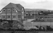 Aberkenfig, Welfare Hall And Tennis Courts 1938