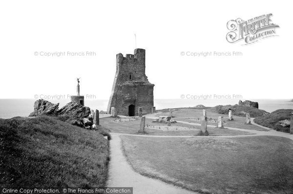 Photo of Aberystwyth, Castle Ruins And Eisteddfod Circle 1964