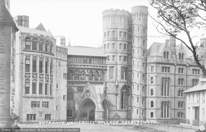 Photo of Aberystwyth, Entrance, University College c.1935