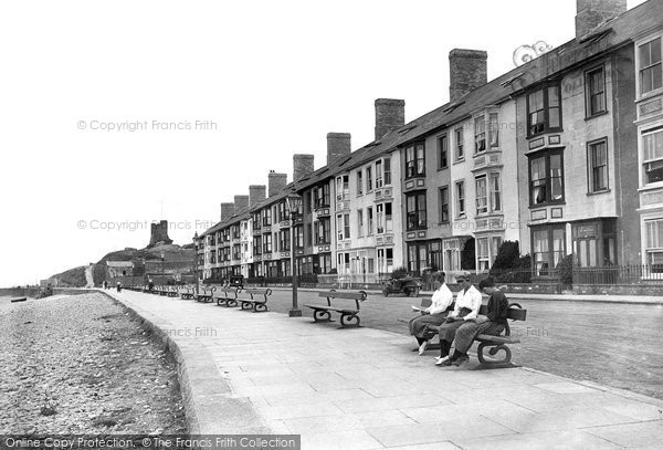 Photo of Aberystwyth, South Avenue Terrace 1921