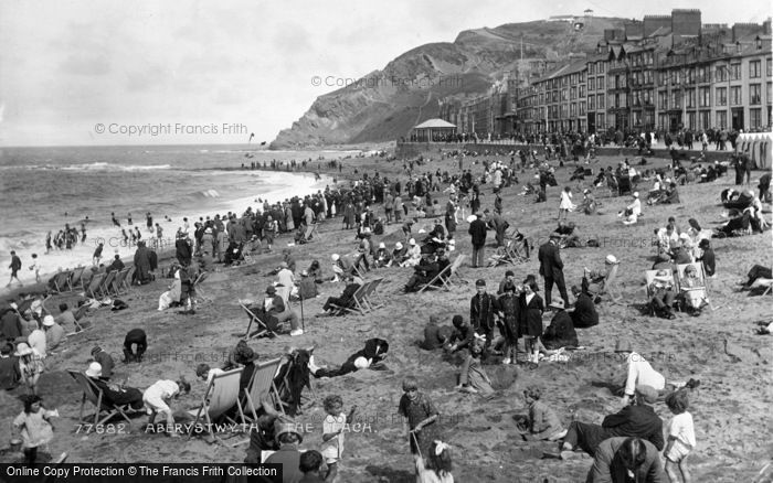Photo of Aberystwyth, The Beach 1925