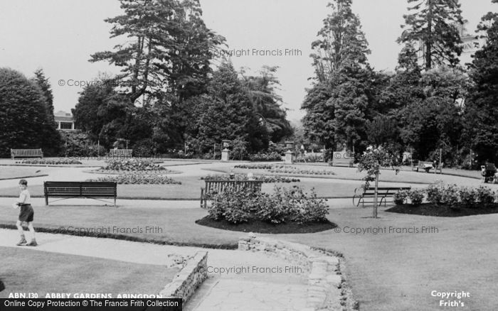 Photo of Abingdon, Abbey Gardens c.1960