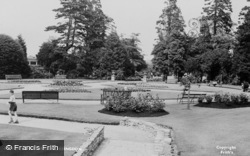 Abingdon, Abbey Gardens c.1960