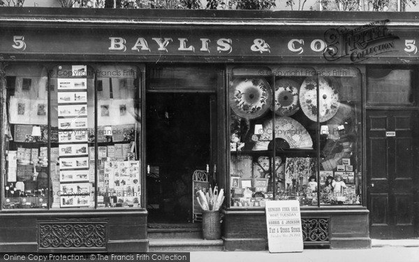 Photo of Abingdon, Baylis & Co 1901