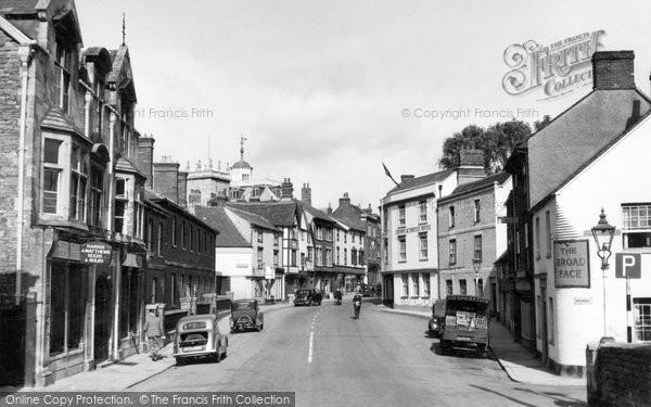 Photo of Abingdon, Bridge Street c.1955