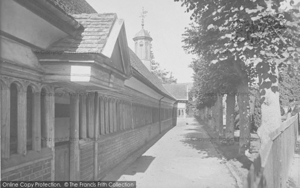 Photo of Abingdon, Christ's Hospital Almshouses 1924