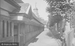 Abingdon, Christ's Hospital Almshouses 1924