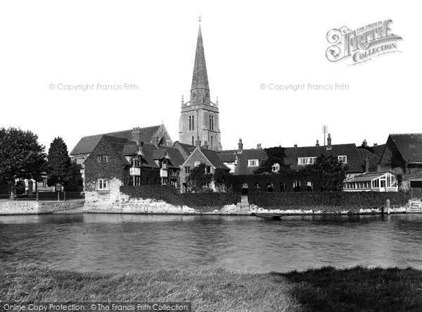 Photo of Abingdon, From Below Bridge 1924