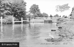Abingdon, Lock Gates c.1960