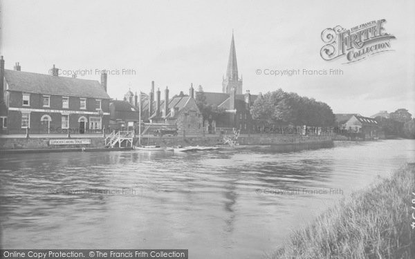 Photo of Abingdon, Old Anchor Inn And Promenade 1924