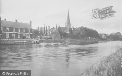 Abingdon, Old Anchor Inn And Promenade 1924