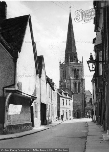 Abingdon, St Helen's Church And Old Town c.1945