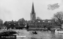 Abingdon, St Helen's Church And River Thames c.1960