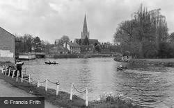 Abingdon, St Helen's Church And The Thames c.1960