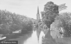 Abingdon, St Helen's Church From The Bridge c.1955