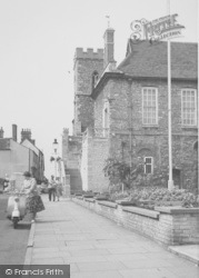 Abingdon, St Nicholas' Church c.1960