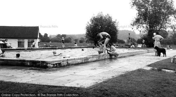 Photo of Abingdon, Swimming Pool c.1965