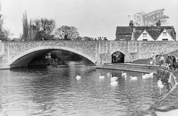 Abingdon, The Bridge c.1960