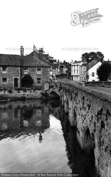 Photo of Abingdon, The Old Bridge c.1955