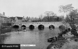 Abingdon, The Seven Arches Bridge c.1960