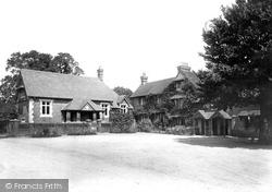 Abinger Common, Abinger Hatch Hotel 1902