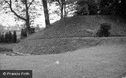 Abinger Common, Castle c.1960