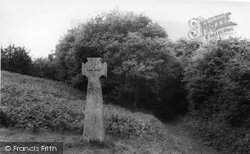Abinger Hammer, Bishops Cross c.1960