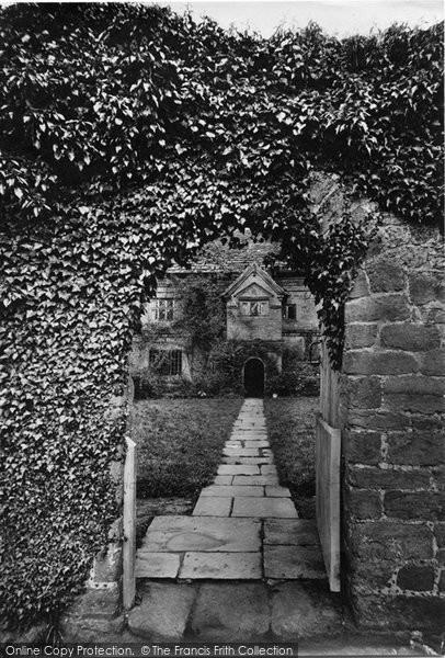 Abinger Hammer, Crossways Farm 1911