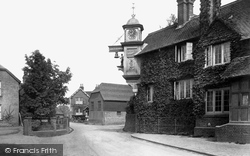 Abinger Hammer, The Clock 1909