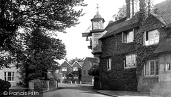 Abinger Hammer, The Clock 1921