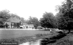 Abinger Hammer, Village Green 1902