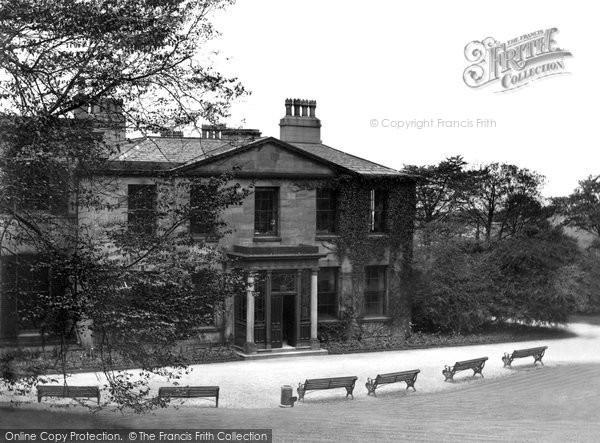 Photo of Accrington, Museum, Oak Hill Park c.1935