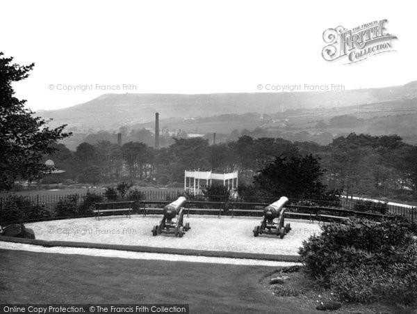 Photo of Accrington, Oak Hill Park c.1935