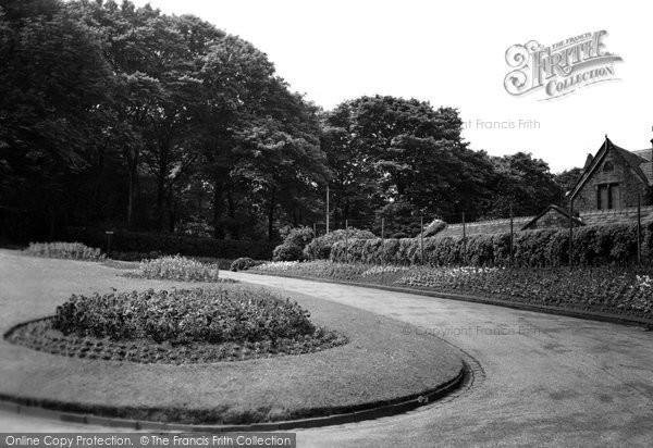 Photo of Accrington, Oak Hill Park c.1955