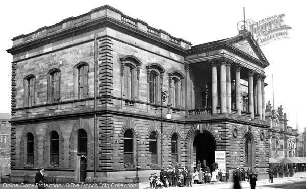 Photo of Accrington, Town Hall c.1910